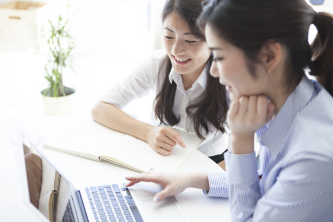Japanese business ladies working - The Importance of marketing