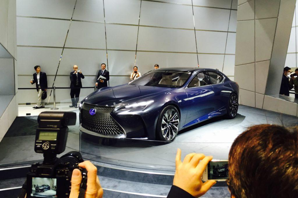 TMS Lexus Fuel-Cell Car