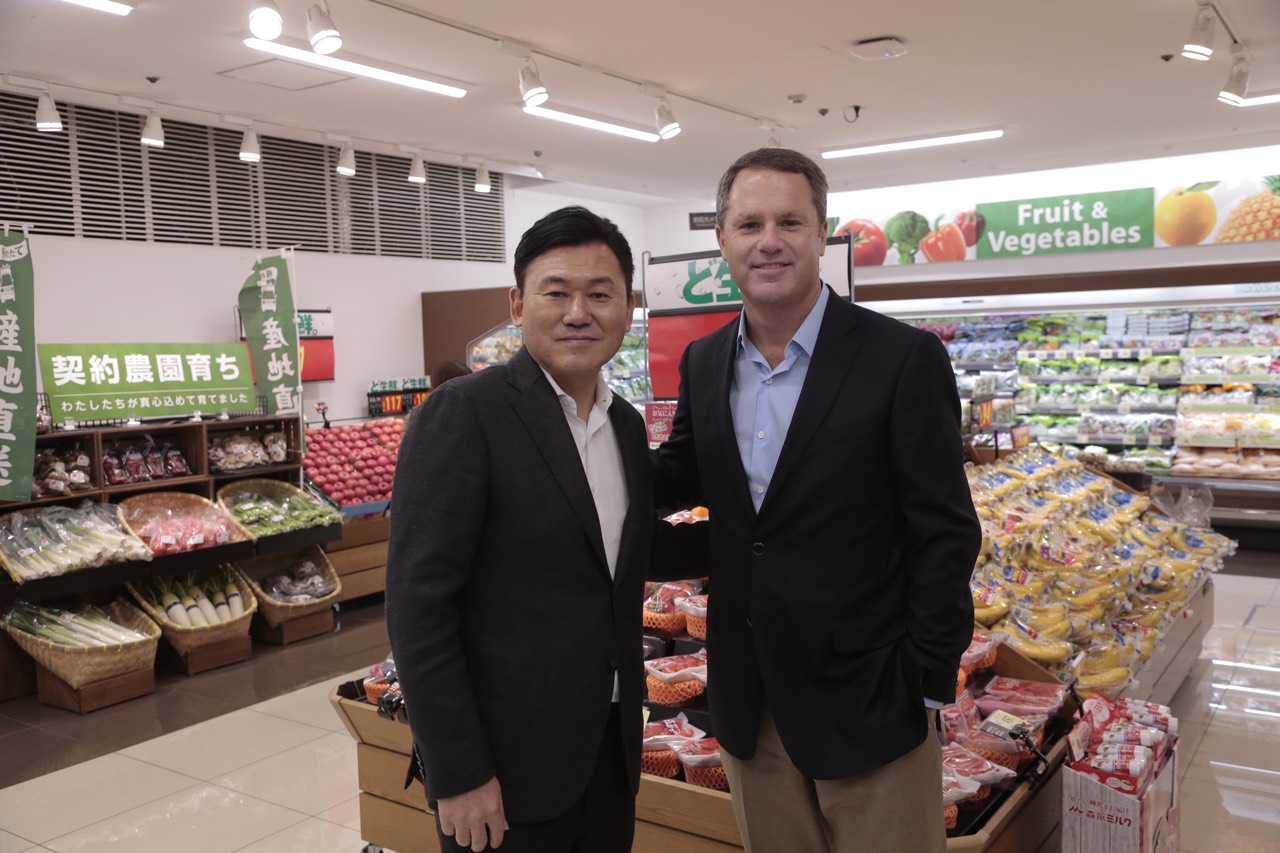 Rakuten's Mikitani and Walmarts McMillon Form Alliance