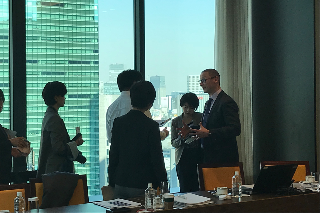 Money Motivates in Japan, Too – Hays Salary Guide 2018 - Japan